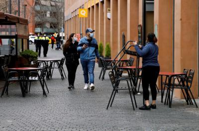El empleo turístico se desplomó un 46,3% en febrero