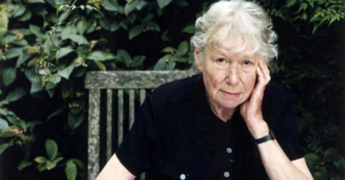 """Penelope Fitzgerald, autora de la divertida novela """"Voces humanas"""" y """"La librería"""""""