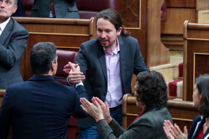 La izquierda escenifica unidad por primera vez desde la moción de censura y se prepara para una oposición sin tregua