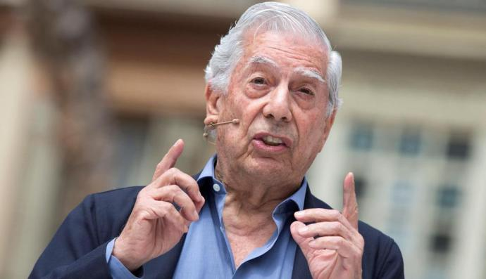 Mario Vargas Llosa pide redoblar presión internacional contra Nicolás Maduro