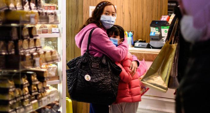 China acusa a Estados Unidos de no ayudar y crear pánico por el coronavirus