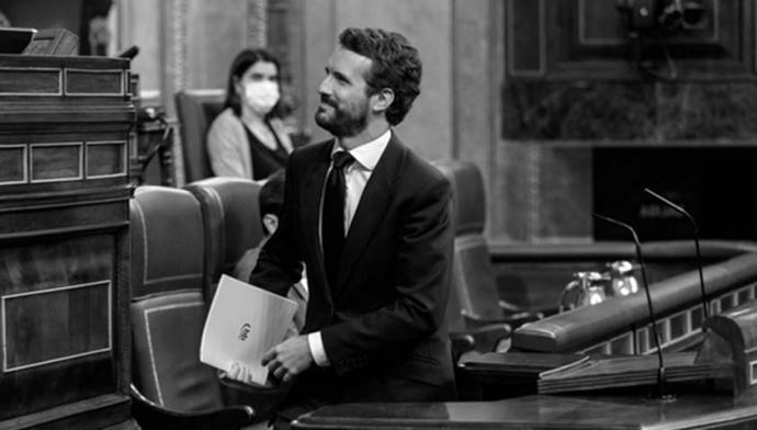 Casado ignora las llamadas para serenar el clima político y recrudece su estrategia de crispación contra el Gobierno