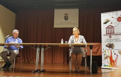 El historiador Morales Lezcano presenta un libro de Julia Sáez-Angulo en Ateneo de El Escorial