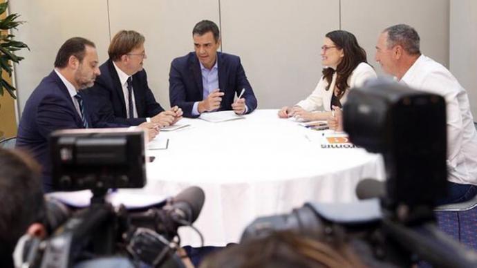 José Luis Ábalos, Ximo Puig, Pedro Sánchez, Mónica Oltra y Joan Baldoví en Valencia
