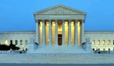 Corte Suprema de EEUU habilita vigencia de veto migratorio de Trump