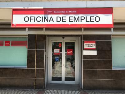 PP y Vox cargan contra el Gobierno por los datos del paro y Abascal insiste en que Sánchez debe dimitir