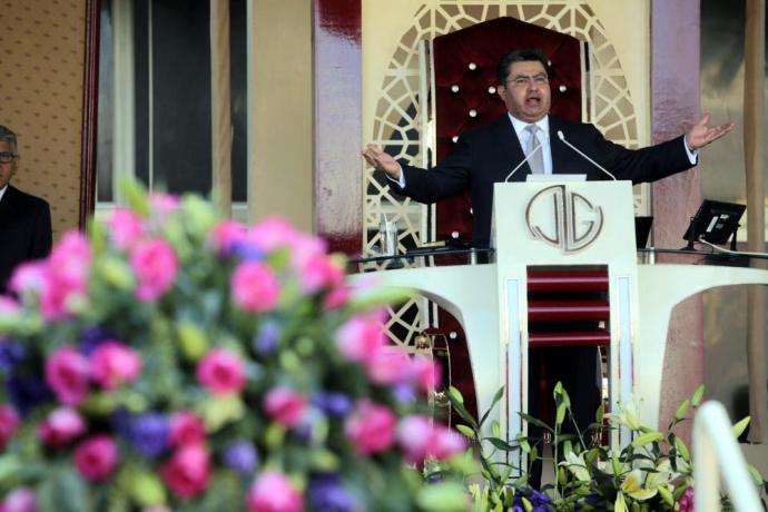 Joaquín García, líder de iglesia La Luz del Mundo, es detenido por violación de menores