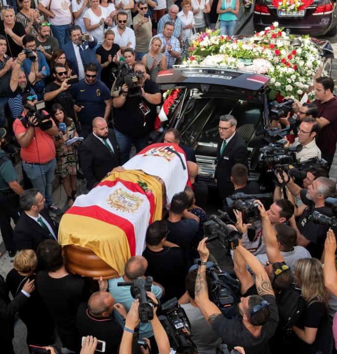 Imagen del funeral de Reyes