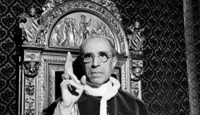 Pío XII, acusado por grupos judíos de guardar silencio ante el Holocausto