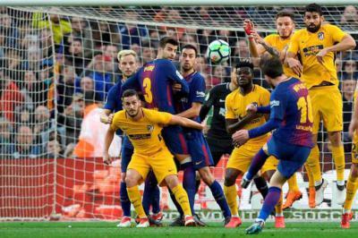 Messi hace la diferencia y el Barcelona se lleva los tres puntos