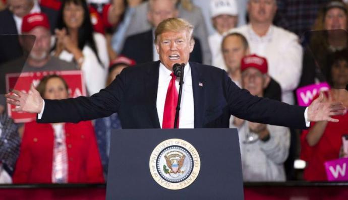 """Donald Trump advierte de que no dejará que las """"malas personas"""" entren en Estados Unidos."""