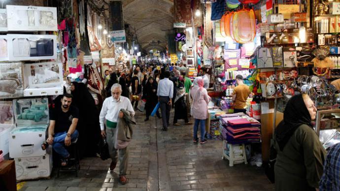 Irán se prepara para las sanciones de EEUU con una economía en quiebra