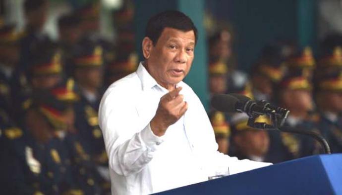 """•El presidente señaló que la Iglesia católica es la institución """"más hipócrita del mundo"""""""