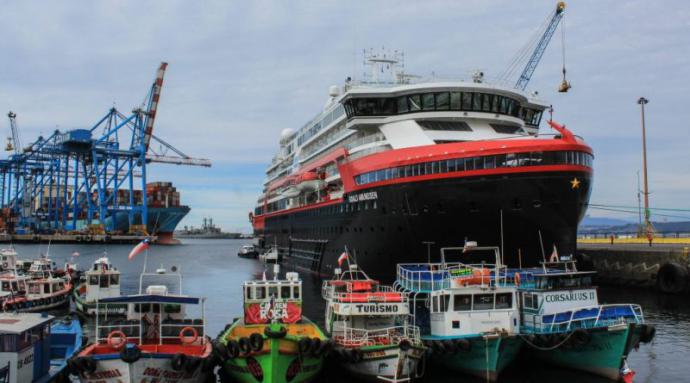 CHILE: Arica recibe casi tres mil turistas en cinco cruceros