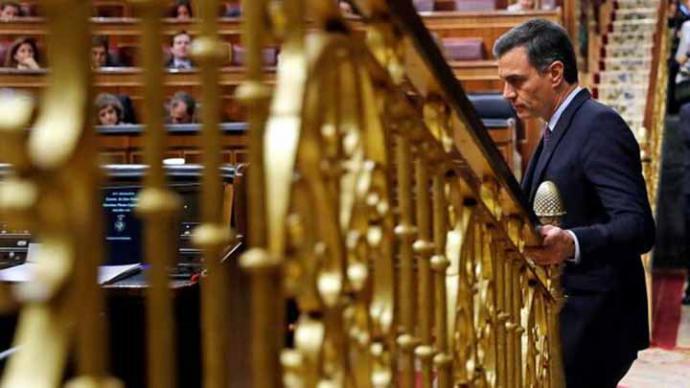 Sánchez no logra la mayoría absoluta en la primera votación y confía en desbloquear el Gobierno en la del martes