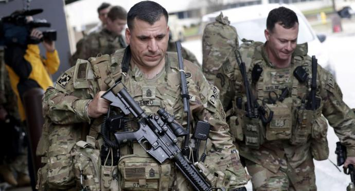 """Estados Unidos admite que hay """"real probabilidad"""" de que Irán intente atacar a sus tropas"""