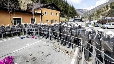 Austria no usará al Ejército para controlar inmigración desde Italia