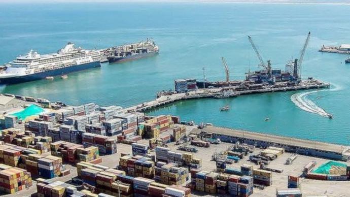 El puerto chileno de Arica es utilizado por Bolivia para importar y exportar por mar