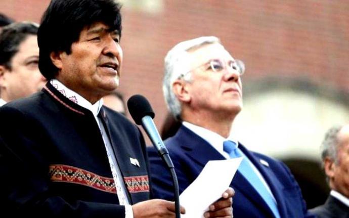 Evo Morales aseguró tras conocerse el fallo que su país renunciaría a su empeño por lograr una salida soberana al mar.