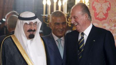 Juan Carlos y el rey de Arabia Saudí, Abdalá Bin Abdulaziz Al Saud, en julio de 2008 en Madrid.