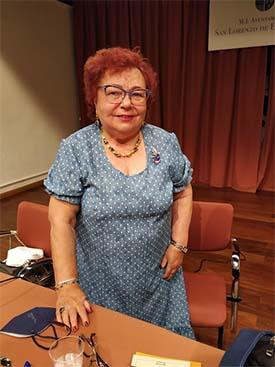 Isabel Díez Serrano entre las Cien mejores poetas del Mundo Hispano y del Caribe, por la editorial Hispana de los Estados Unidos