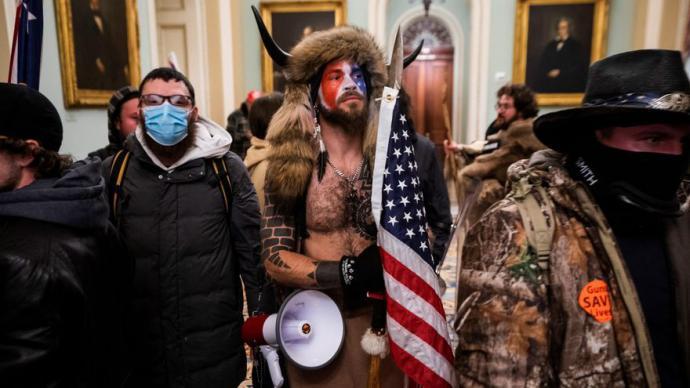 """El ultra y supremacista autodenominado """"El Lobo de Yellowstone"""""""