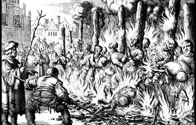 Rajoy compara a Pablo Iglesias con el sangriento Inquisidor Torquemada...