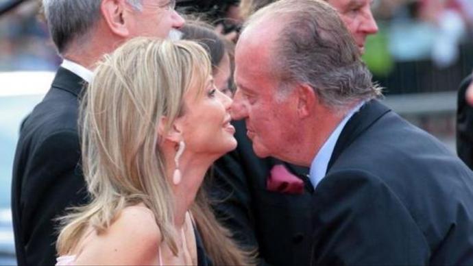 Corinna Larsen declaró que Juan Carlos I le dio 65 millones 'por gratitud y por amor' y no para 'deshacerse' de ellos