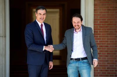 El presidente del Gobierno en funciones, Pedro Sánchez, durante su reunión en el Palacio de la Moncloa