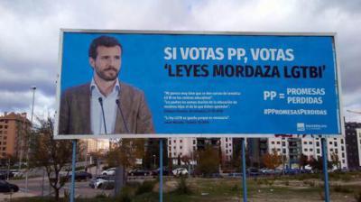 Uno de los carteles contra Casado y el PP