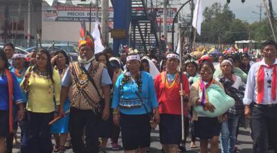 Ecuador: indígenas declaran su propio estado de excepción y retendrán a militares que se acerquen a su territorio