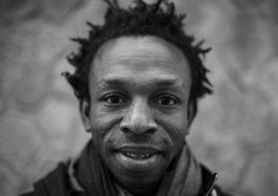"""Ousman Umar, autor del libro """"Viaje al país de los blancos"""""""