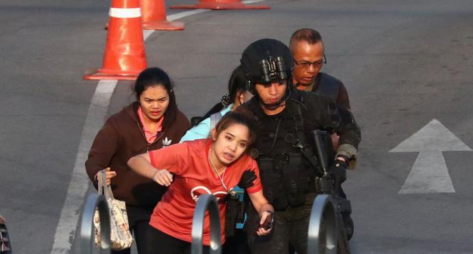 Una matanza sin precedente en Tailandia se salda con 30 muertos