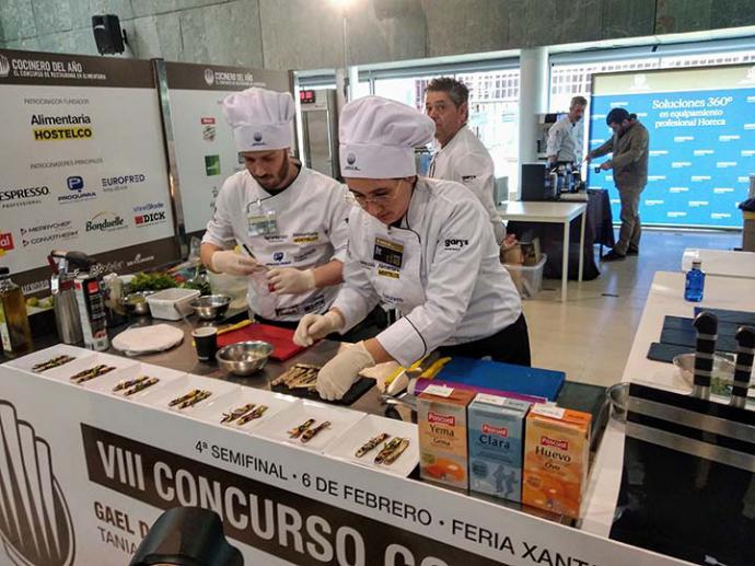Juan Pablo Stefanini y Luis Hernani ganadores de la 4ª semifinal del Concurso Cocinero del Año.