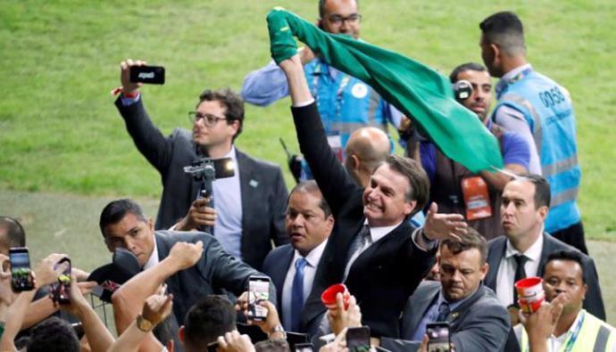 Un tercio de los brasileños aprueban gestión de Bolsonaro tras primer semestre
