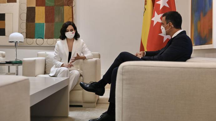 Pedro Sánchez e Isabel Díaz Ayuso durante su reunión en Moncloa.Borja Puig de la Bellacasa / Moncloa