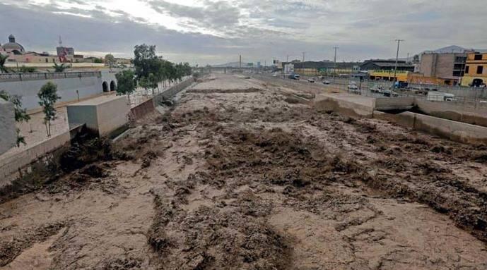 El Gobierno peruano prorroga emergencia en 27 provincias afectadas por lluvias