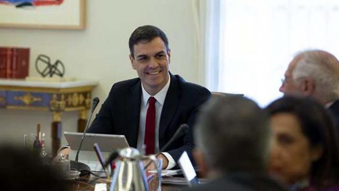 El Gobierno de Pedro Sánchez no descarta subir impuestos para financiar medidas sociales