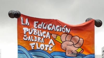 Los Profesores se movilizan masivamente en Chile