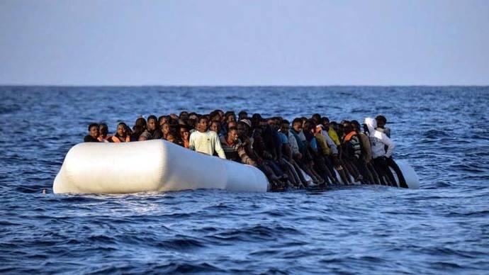 Acnur informa desaparición de 245 refugiados tras naufragios en el mar Mediterráneo