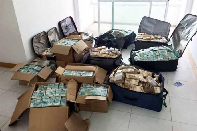 A la cárcel exministro de presidente de Brasil tras hallazgo de maletas repletas de dinero