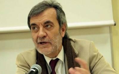 Emilio Porta: En la escritura no hay maestros, sólo referencias literarias