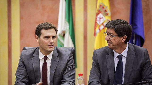 Albert Rivera junto a Juan Marín en una acto en Andalucía