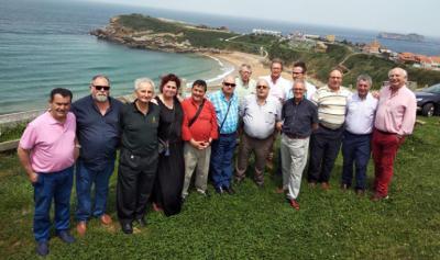 Suances: La Cofradía del Hojaldre se reunió en el restaurante El Mirador de Suso
