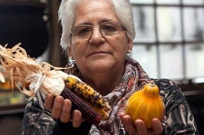 Colchanderas revitalizan su artesanía gracias a proyecto de valorización patrimonial