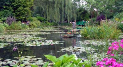 Visita al refugio de Monet en Giverny, donde creó cientos de pinturas... y un maravilloso jardín