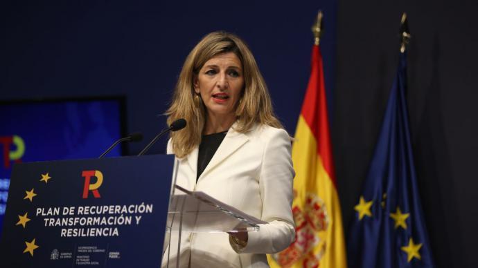 La vicepresidenta tercera y ministra de Trabajo y Economía Social, Yolanda Díaz,Cézaro De Luca - Europa Press