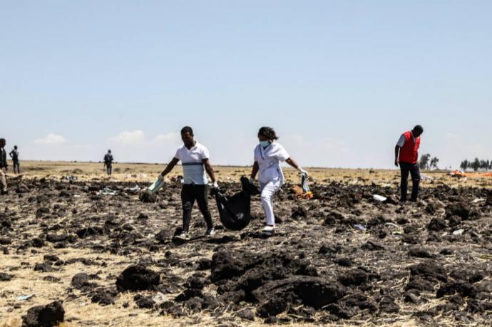 En el Boeing 737 de Ethiopian Airlines ET 302 de Adís Abeba a Nairobi viajaban 157 personas, 149 pasajeros y 8 miembros de tripulación.