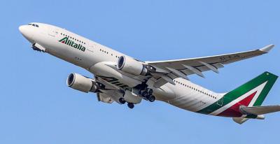 El Gobierno prohíbe los vuelos directos entre Italia y los aeropuertos españoles hasta el 25 de marzo
