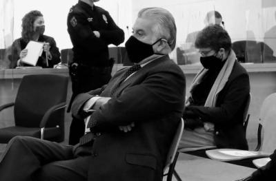 Bárcenas cierra la segunda amenaza al PP con la imagen de Rajoy destruyendo papeles de la caja B en su despacho